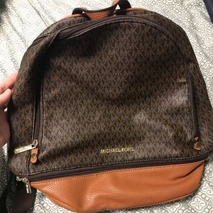 Michael Kors *Not Authentic* back pack